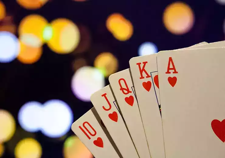 How Can You Effectively Play Casino Games?