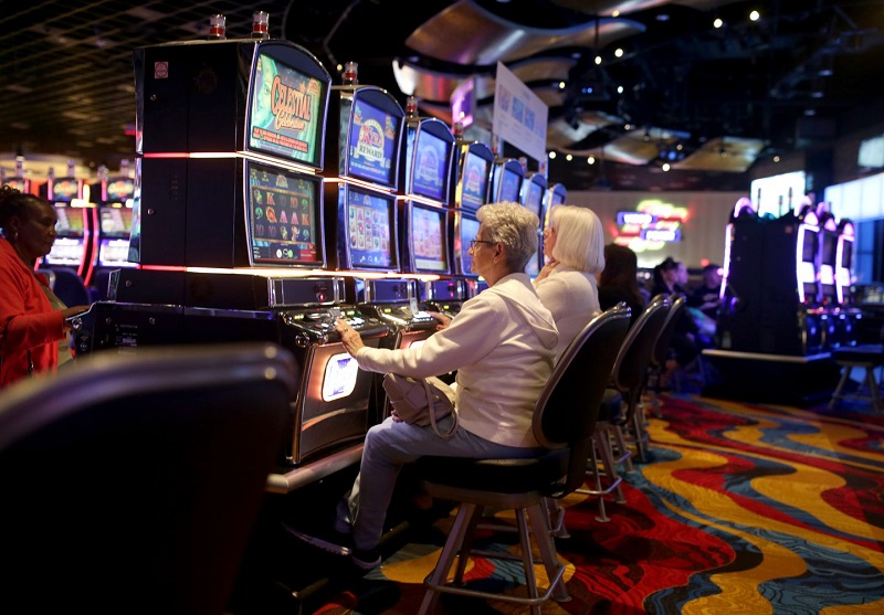 Things You Need To Avoid While Playing Slot Games